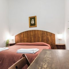 Отель Casa Santo Nome Di Gesu Флоренция комната для гостей