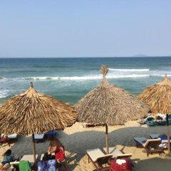 Отель Ocean Bungalow Homestay пляж фото 2