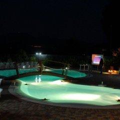 Отель Il Nido - Residence Country House Казаль-Велино бассейн