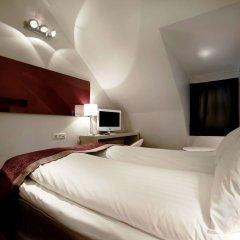 Отель Ibis Styles Odenplan Стокгольм сейф в номере