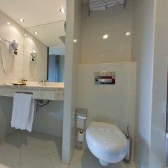Отель Luxe Hotel by turim hotéis Португалия, Лиссабон - 4 отзыва об отеле, цены и фото номеров - забронировать отель Luxe Hotel by turim hotéis онлайн ванная