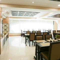 Отель Treebo Trend Blueberry Inn Индия, Райпур - отзывы, цены и фото номеров - забронировать отель Treebo Trend Blueberry Inn онлайн питание