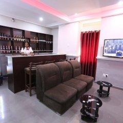 Iyore Grand Hotel & Suites 2 интерьер отеля