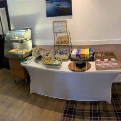 Отель PIRIES Эдинбург питание