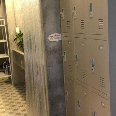 La Moon Hostel сейф в номере
