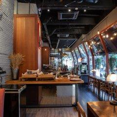 Отель The Tawana Bangkok Таиланд, Бангкок - 1 отзыв об отеле, цены и фото номеров - забронировать отель The Tawana Bangkok онлайн гостиничный бар