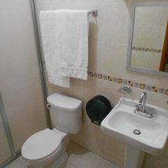 Отель Posada Garibaldi Мексика, Гвадалахара - отзывы, цены и фото номеров - забронировать отель Posada Garibaldi онлайн ванная