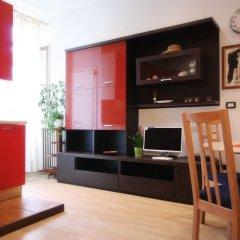 Отель NotaMi - Colorful Apartment Porta Romana Италия, Милан - отзывы, цены и фото номеров - забронировать отель NotaMi - Colorful Apartment Porta Romana онлайн комната для гостей фото 2