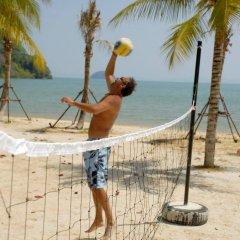 Отель Supalai Resort And Spa Phuket пляж