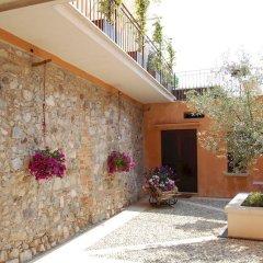Отель B&B Antico Borgo Манерба-дель-Гарда фото 5