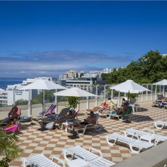 Отель Dorisol Florasol Португалия, Фуншал - 1 отзыв об отеле, цены и фото номеров - забронировать отель Dorisol Florasol онлайн пляж
