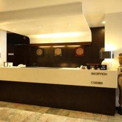 Reno Hotel Бангкок интерьер отеля