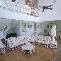 Отель Burlingame Villa Ямайка, Монтего-Бей - отзывы, цены и фото номеров - забронировать отель Burlingame Villa онлайн комната для гостей фото 5