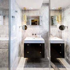 Отель Snob Hotel by Elegancia Франция, Париж - 2 отзыва об отеле, цены и фото номеров - забронировать отель Snob Hotel by Elegancia онлайн ванная