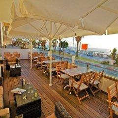 Отель Gordon By The Beach Тель-Авив гостиничный бар