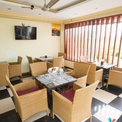 Отель UI Inn Мальдивы, Хулхумале - 1 отзыв об отеле, цены и фото номеров - забронировать отель UI Inn онлайн питание фото 2