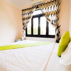 Отель Nature Homestay Хойан сейф в номере