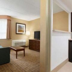Отель Travelodge by Wyndham Toronto East удобства в номере фото 2