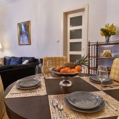 Апартаменты Luxury Apartment In The Heart Of Prague в номере