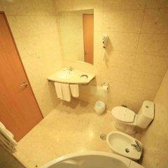 Отель Matriz Португалия, Понта-Делгада - отзывы, цены и фото номеров - забронировать отель Matriz онлайн ванная