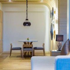 Отель Crest Resort & Pool Villas комната для гостей фото 5