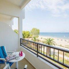 Отель Island Beach Resort - Adults Only балкон