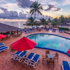 Отель Royal Decameron Club Caribbean Resort - ALL INCLUSIVE Ямайка, Монастырь - отзывы, цены и фото номеров - забронировать отель Royal Decameron Club Caribbean Resort - ALL INCLUSIVE онлайн бассейн