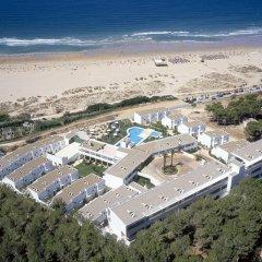 Отель FERGUS Conil Park Испания, Кониль-де-ла-Фронтера - отзывы, цены и фото номеров - забронировать отель FERGUS Conil Park онлайн пляж