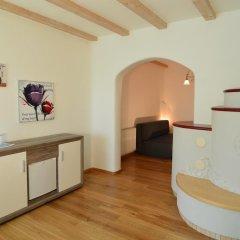 Hotel Pfeiss Лана комната для гостей