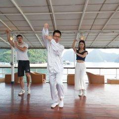 Отель Emeraude Classic Cruises Вьетнам, Халонг - отзывы, цены и фото номеров - забронировать отель Emeraude Classic Cruises онлайн фитнесс-зал фото 2