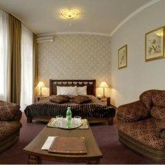 Гостиница Four Rooms Отель Украина, Харьков - отзывы, цены и фото номеров - забронировать гостиницу Four Rooms Отель онлайн комната для гостей фото 3