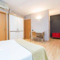 Апартаменты AinB Born-Tiradors Apartments Барселона комната для гостей фото 4