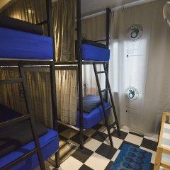 Отель Dpm Hostel Bangkok Таиланд, Бангкок - отзывы, цены и фото номеров - забронировать отель Dpm Hostel Bangkok онлайн балкон