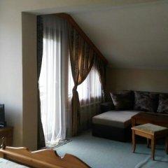 Отель Guest House Raffe Банско комната для гостей фото 3