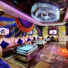 Royal Mediterranean Hotel развлечения