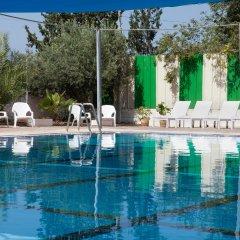 Tooly Eden Inn Израиль, Зихрон-Яаков - отзывы, цены и фото номеров - забронировать отель Tooly Eden Inn онлайн бассейн фото 2