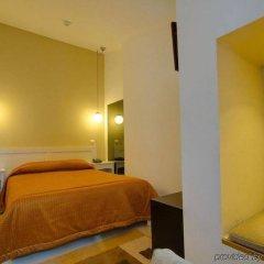 Hotel Duas Nações Лиссабон сейф в номере