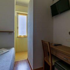 Hotel Stresa сейф в номере фото 3