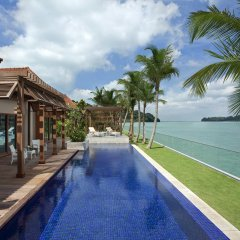 Отель Resorts World Sentosa - Beach Villas бассейн фото 3