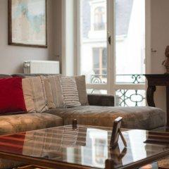 Отель Grand-Place Lombard Appartments & Flats Бельгия, Брюссель - отзывы, цены и фото номеров - забронировать отель Grand-Place Lombard Appartments & Flats онлайн комната для гостей фото 2