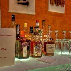 Отель Best Western Plus La Demeure гостиничный бар