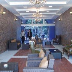 Отель Plaza Viktoria Армения, Гюмри - отзывы, цены и фото номеров - забронировать отель Plaza Viktoria онлайн гостиничный бар