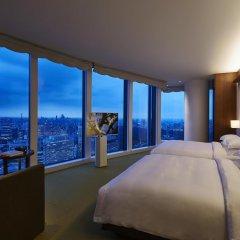 Отель Andaz Tokyo Toranomon Hills - a concept by Hyatt Япония, Токио - 1 отзыв об отеле, цены и фото номеров - забронировать отель Andaz Tokyo Toranomon Hills - a concept by Hyatt онлайн комната для гостей фото 3