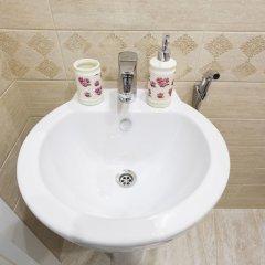Апартаменты RentalSPb 4 Studio Antonenko ванная фото 2