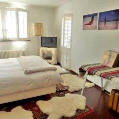 Отель Lloyd Hotel Нидерланды, Амстердам - 2 отзыва об отеле, цены и фото номеров - забронировать отель Lloyd Hotel онлайн комната для гостей фото 5