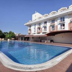 Larissa Blue Hotel бассейн