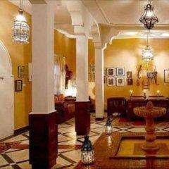 Отель Le Petit Riad Марокко, Уарзазат - отзывы, цены и фото номеров - забронировать отель Le Petit Riad онлайн интерьер отеля фото 2
