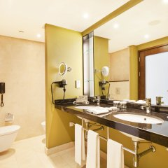 Hilton Warsaw Hotel & Convention Centre ванная