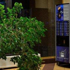 Отель Diplomat Aparthotel Киев банкомат