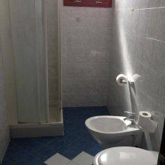 Отель Residence Yellow Римини ванная